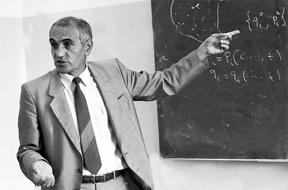 Մահացել է աստղաֆիզիկոս Դավիթ Սեդրակյանը
