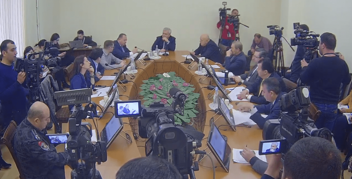 Պաշտպանության և անվտանգության հարցերի մշտական հանձնաժողովի նիստ (ՈՒՂԻՂ ԵԹԵՐ)